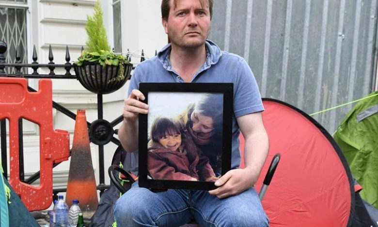 Richard-Ratcliffe-hunger-strike-Call_for_Censure_of_the_Mullahs_Hostage-Taking_Urgent_Action_to_Free_Nazanin_Zaghari