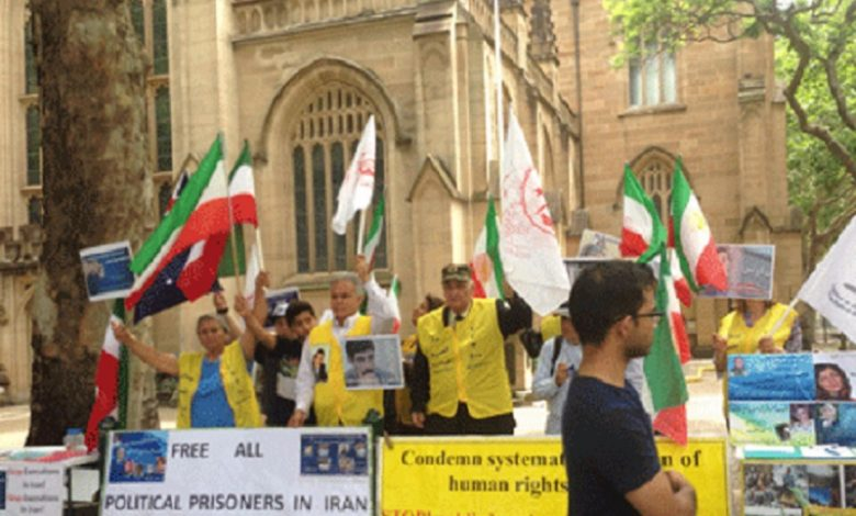 Iranians Action, Supporter PMOI-MEK in Australia to Protest Executions by Iranian Regime. file photo