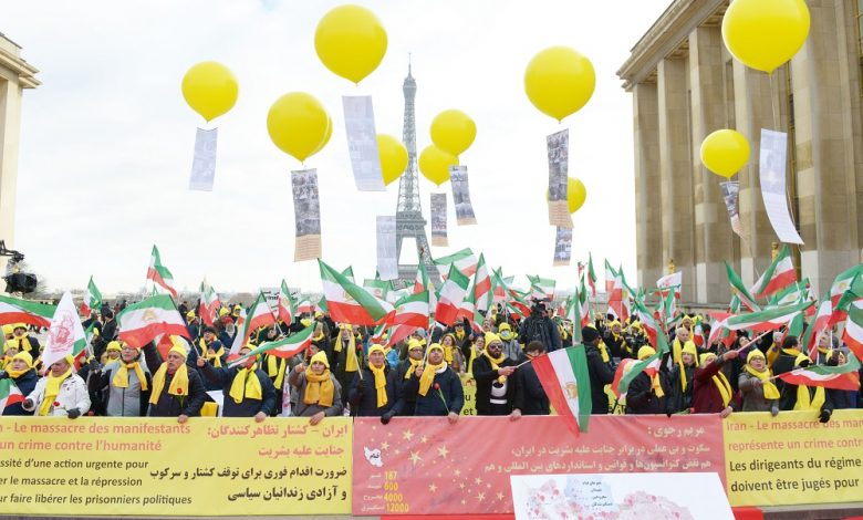 Paris rally in support of the Iran protests Dec 2