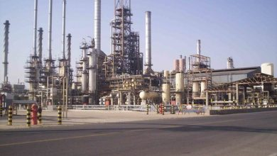 Photo of Iran: Oil Workers Stage Strike in Abadan, Mahshahr, Qeshm, Parsian, Lamerd and South Pars Refineries in Protest Against Harsh Working Conditions, the Lack of Minimum Safety Provisions, the Non-Payment of Wages and Bonuses