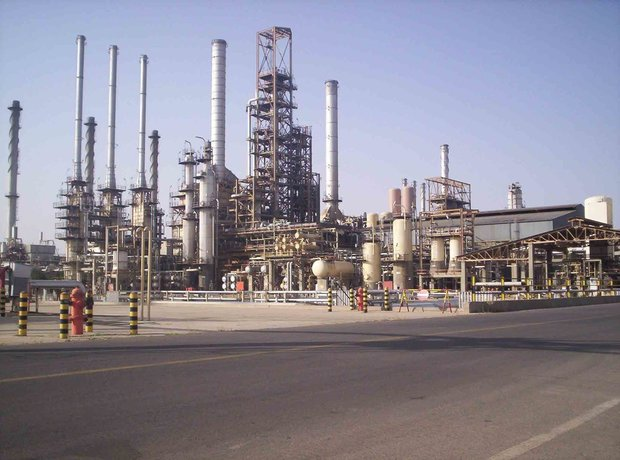 Iran: Oil Workers Stage Strike in Abadan, Mahshahr, Qeshm, Parsian, Lamerd and South Pars Refineries in Protest Against Harsh Working Conditions, the Lack of Minimum Safety Provisions, the Non-Payment of Wages and Bonuses